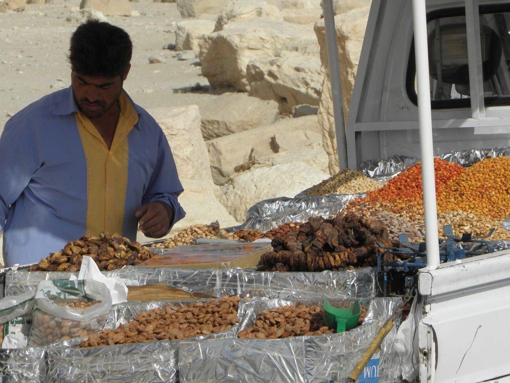 Syrie Palmyra noten en fruit